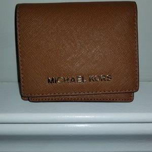 4234a06df68551 Women's Michael Kors Handbag Macys on Poshmark